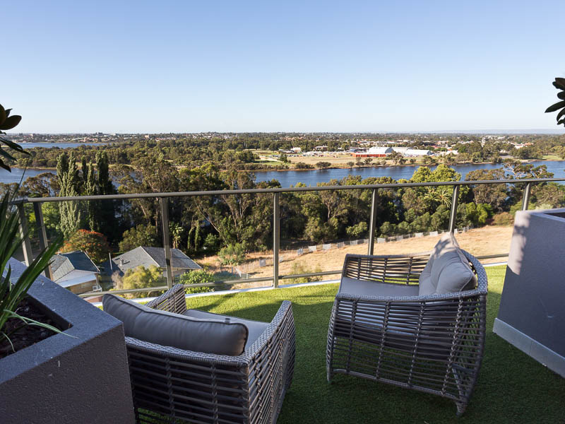 Roof terrace  on Level 8 overlooking Swan River